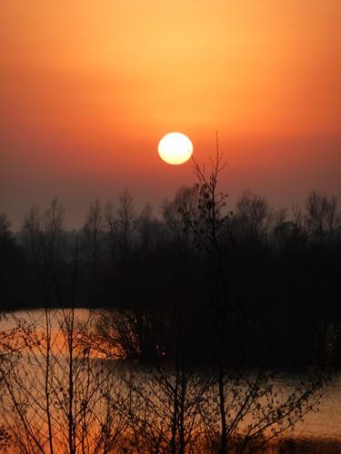 Sunset over Mockbeggar Lake